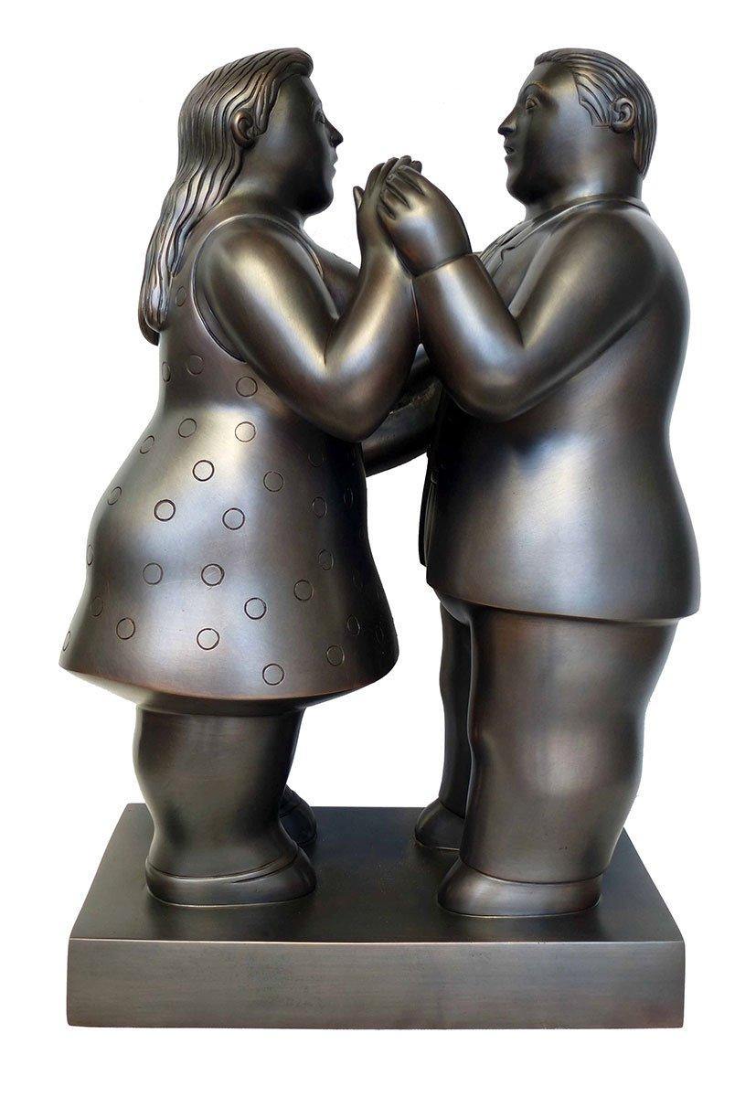 Botero-Dressed-Couple-Dancing-003